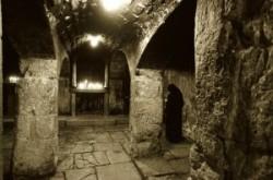 Jézus börtöne a szentsírtemplomban. Jeruzsalem_Óváros_keresztény negyed
