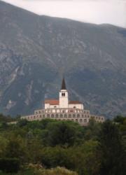 Caporetto, Kobarid emlékmű